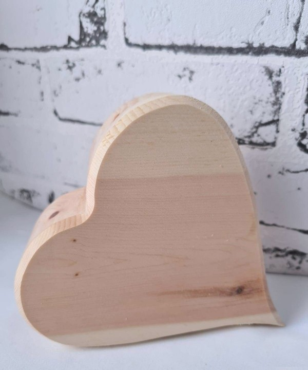 Herz aus Zirbenholz